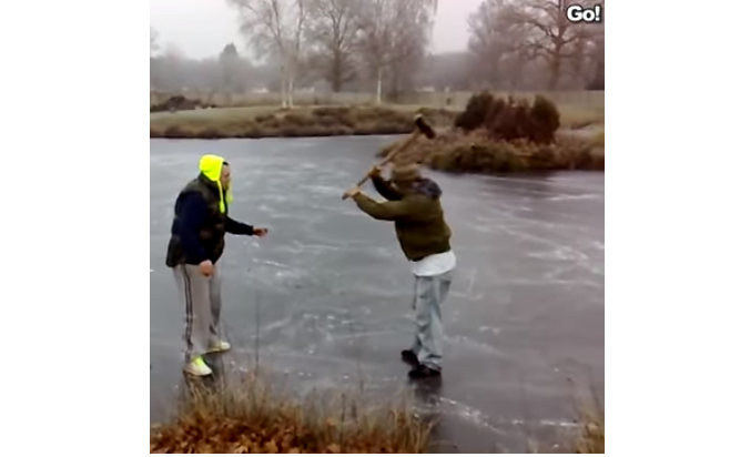 Ruleta Rusa sobre hielo cualquier cosa es valida para matar el desparche