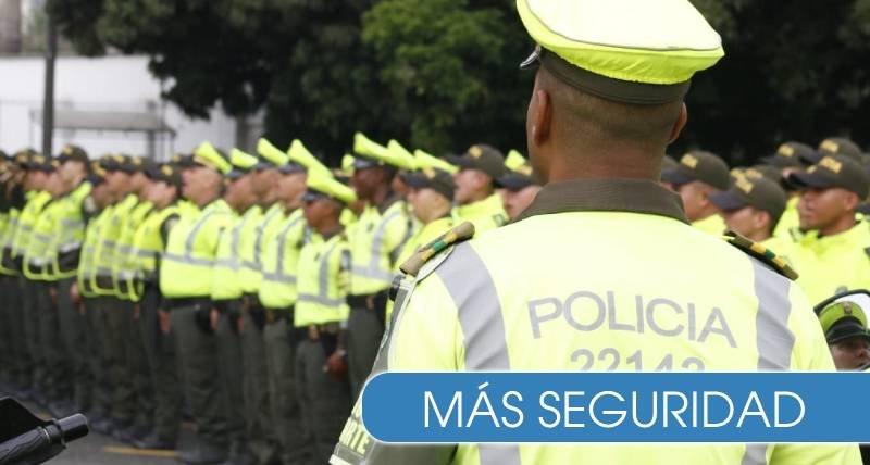 La ambiciosa promesa del actual ministro de Defensa: al menos 33 mil nuevos policías tendría el país para el 2023